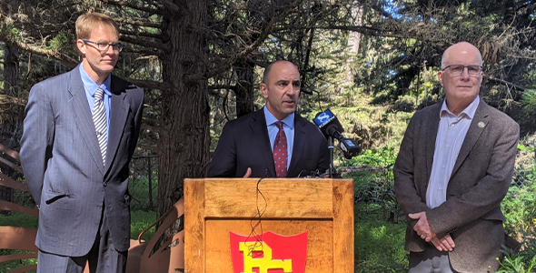UC Santa Cruz professor Marm Kilpatrick (left), Rep. Jimmy Panetta (D-Carmel Valley) (center) and Pacific Grove Mayor Bill Peake (right) speak at the Monarch Grove Sanctuary about the MONARCH Act. (Amanda Heidt – Monterey Herald)